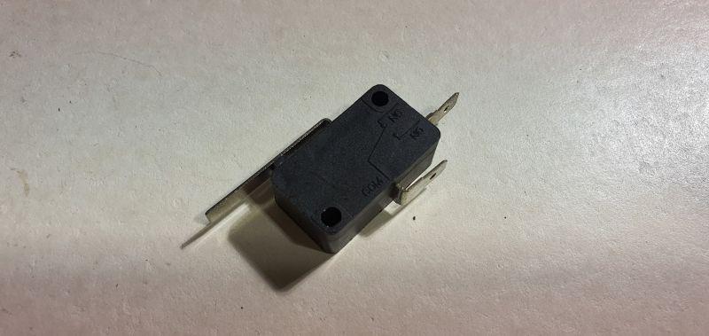 Microcontact siguranta cutter HR